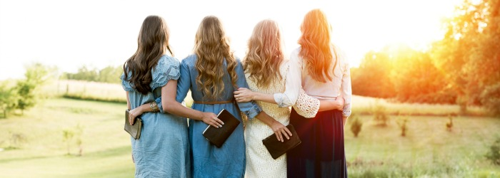 Summertime Christian women's retreats don't need to be limited to inside. Here are ideas to get your ladies connecting with God and each other outdoors.